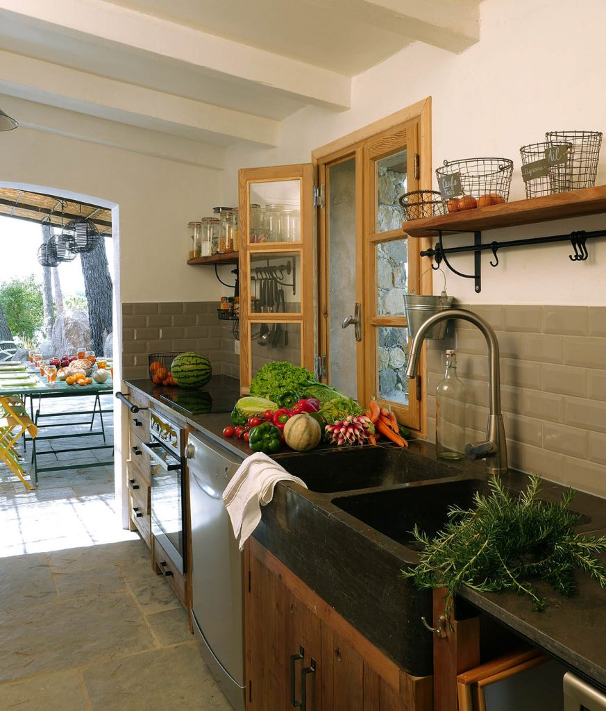cuisine ete exterieur confortable cuisine ete exterieur meuble de cuisine exterieur cuisine en. Black Bedroom Furniture Sets. Home Design Ideas
