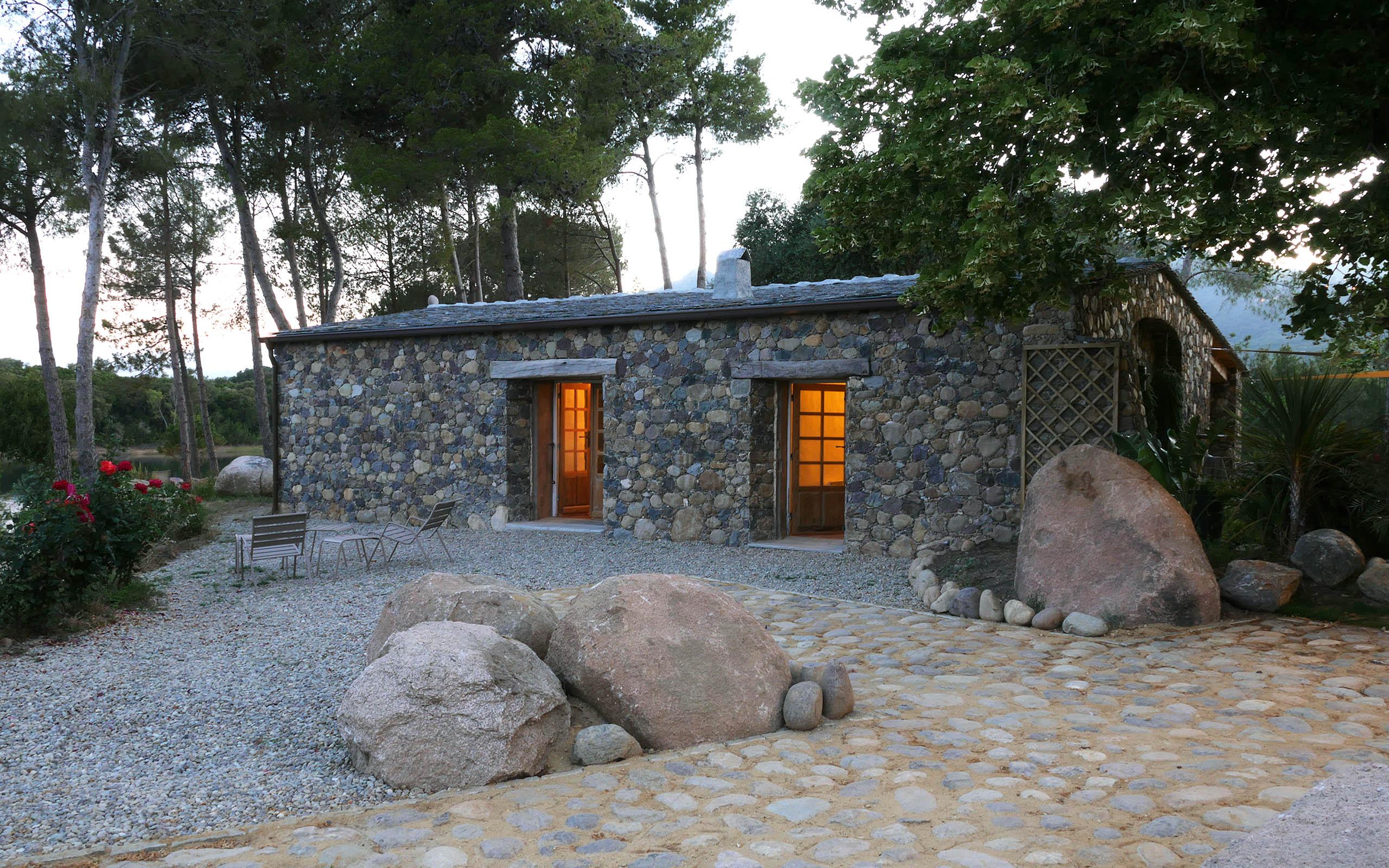 Casa di l'onda louer une bergerie en Corse proche de San Giuliano