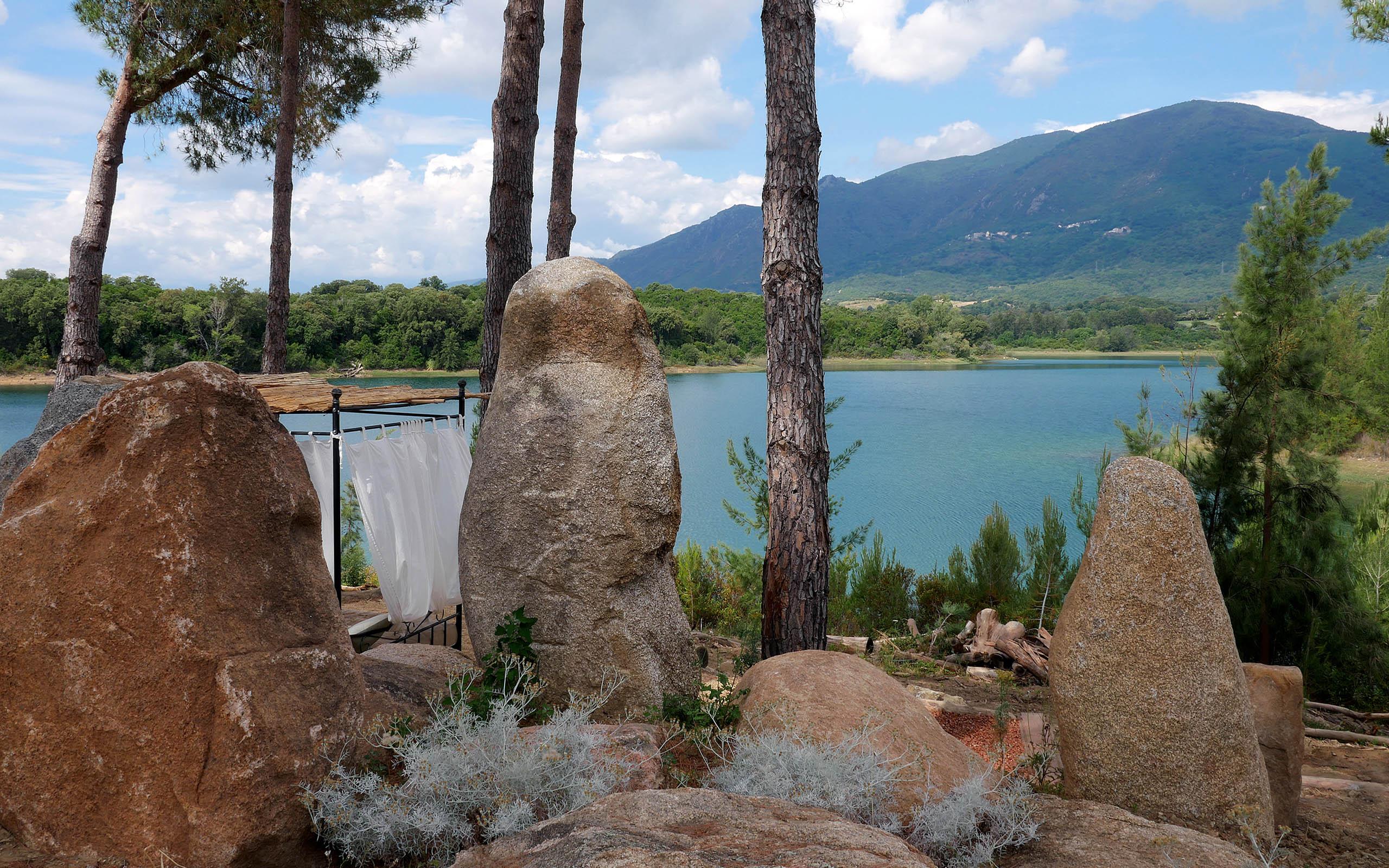 Casa di l'onda vue sur le lac depuis le jardin