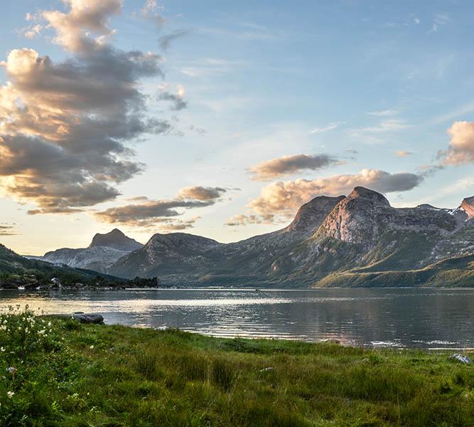 Lac de Nino en Corse merveilleux paysage